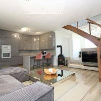 Rodinný dom, 251 m², Kompletná rekonštrukcia