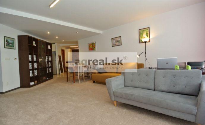 Prenájom- priestranný 4-izb. byt (117,5 m2) s 2 loggiami(spolu 14 m2) a 1 park. miestom v novostavbe EDEN Park(pri Štrkoveckom jazere, ul. Drieňová), BA II- Ružinov