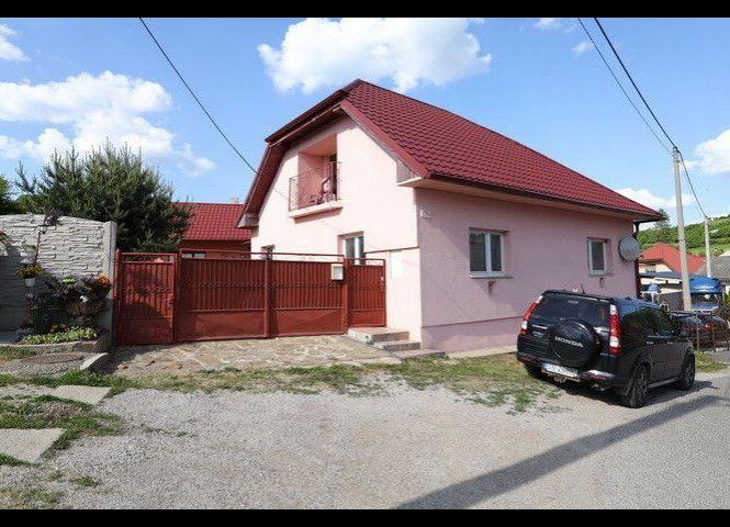 Rodinný dom - Arnutovce - Fotografia 1