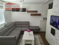 REALFINANC - EXKLUZÍVNE IBA U NÁS ZA SUPER CENU !!! 1 izbový byt o výmere 30 m2, rekonštrukcia, ulica Hlboká sídlisko DRUŽBA !!!