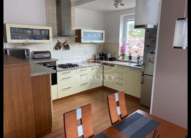 3 izbový byt - Kysucký Lieskovec - Fotografia 1