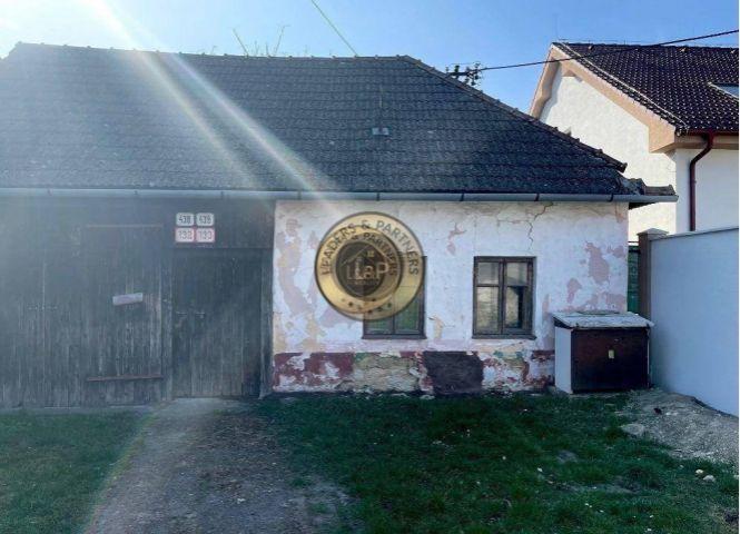 Rodinný dom - Drahovce - Fotografia 1