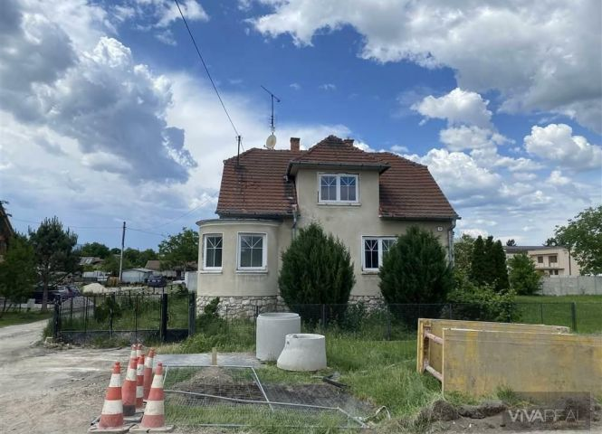 Rodinný dom - Boleráz - Fotografia 1