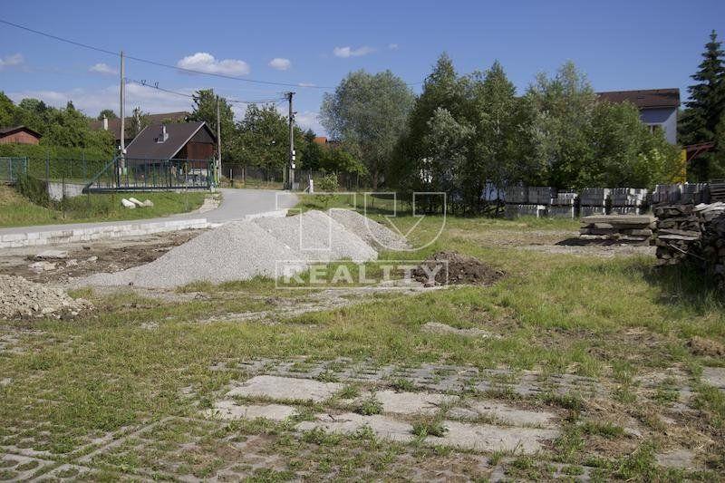 Pozemok pre RD-Predaj-Lipovec-100 €