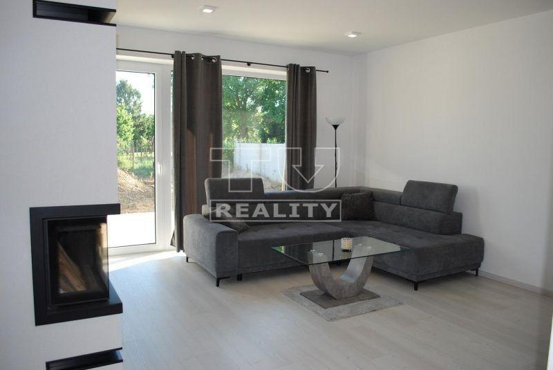 Rodinný dom-Predaj-Trnovec nad Váhom-205 000 €
