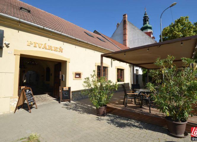 reštaurácia - Modra - Fotografia 1