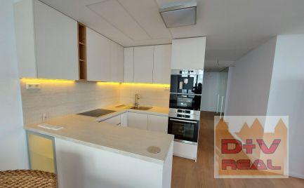 Na prenájom nadštandardný 3 izbový byt, 24.p., balkón, garážové státie, novostavba SKY PARK
