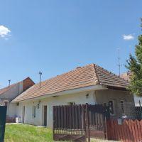 Rodinný dom, Černík, 150 m², Pôvodný stav