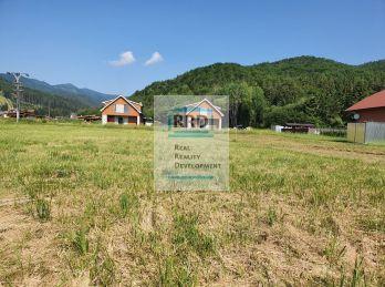 Rekreačný pozemok vo Valčianskej doline, 500 m2.