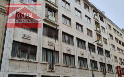 Ponúkame na prenájom 1 izbový byt v historickom centre mesta na začiatku pešej zóny na Gorkého ulici