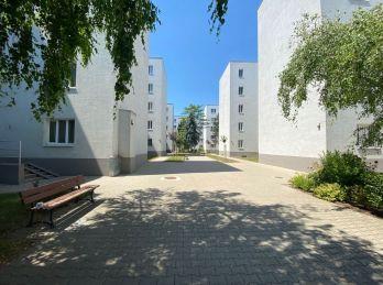 PROMINENT REAL predá 1,5 izb. na Vajnorskej ulici v obytnom súbore NOVÁ DOBA.