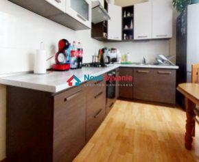3D OBHLIADKA! Na predaj pekný 3-izbový byt v Snine (N019-113-ALMa)