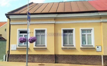 Budova - zariadená ambulancia, centrum Lučenec ID 2122
