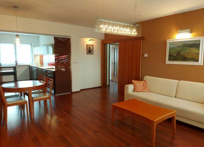 4 izbový byt - Bratislava-Záhorská Bystrica - Fotografia 1