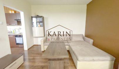 Slnečný 2-izbový byt s balkónom v meste Holíč