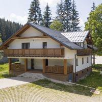Chata, drevenica, zrub, Oravská Lesná, 874 m², Novostavba