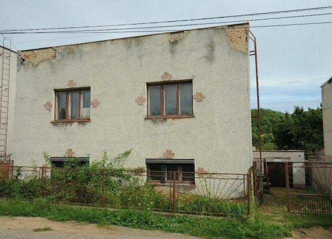 Rodinný dom - Radzovce - Fotografia 1