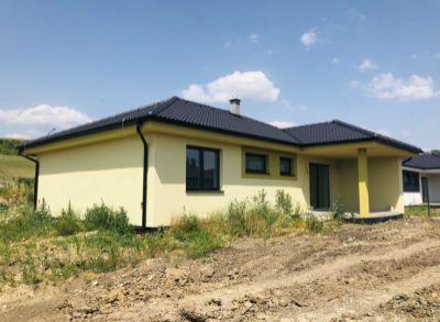 Skvelá ponuka! Novostavba rodinného domu v tichej lokalite v Partizánskom