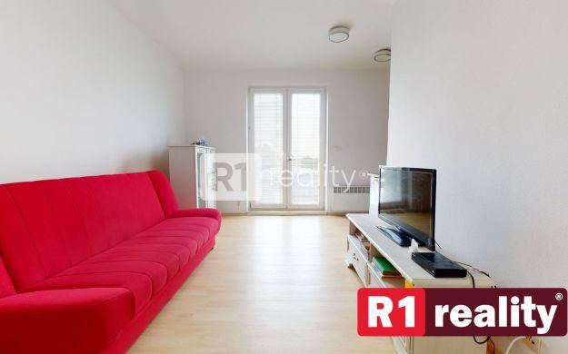 Nízkonákladový 1 izb. byt 27,5m2 s parkovným miestom, Piešťany