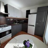 2 izbový byt, Bratislava-Petržalka, 62 m², Čiastočná rekonštrukcia