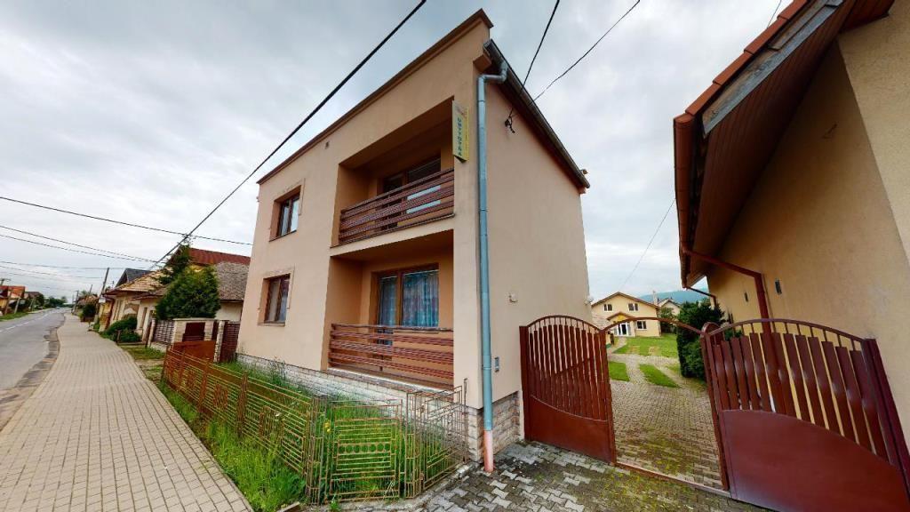 Na predaj rodinný dom s penziónom, Hrabušice, Slovenský Raj - 1