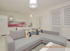EXKLUZÍVNE - Predaj priestranný 2i byt s 7,60 m2 terasou - Rajka