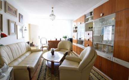 REZERVOVANÉ- Veľkometrážny 4 izbový byt v centre Martina