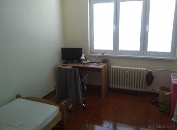 Ponúkame Vám na prenájom 2-izbový byt : Nitra - Párovce