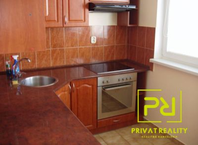 Ponúkame Vám na prenájom 1 izbový byt Bratislava-Zač. Petržalka, Bohrova ul.