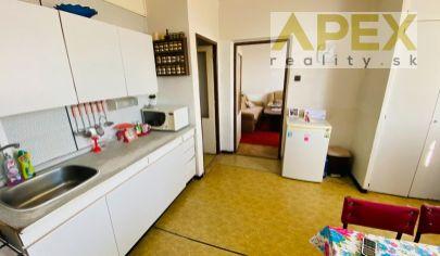 Exkluzívne iba u nás v APEX reality 3i. byt s balkónom na ul. SNP, 75 m2, pôvodný stav
