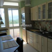 3 izbový byt, Prievidza, 64 m², Čiastočná rekonštrukcia