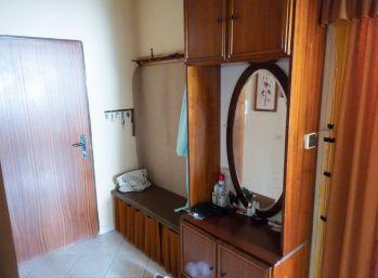 Predaj 3 izbový byt  Nitra - Chrenová, Dlhá