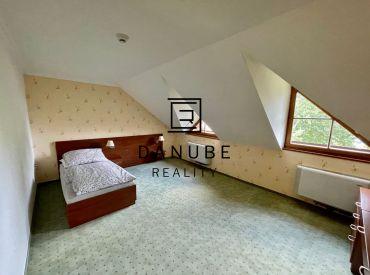 Predaj 1 izbový apartmán 49 m2 Antolská ulica, Bratislava-Petržalka.