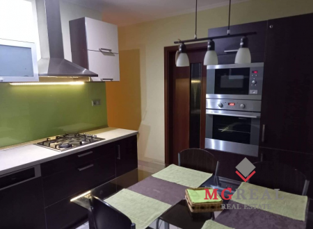 Predaj 4 izbového bytu v Senici