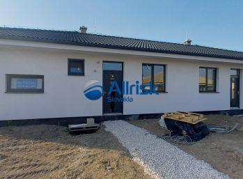 Novostavba 3-izbového rodinného domu-holodom, Galanta-Richtárske Pole