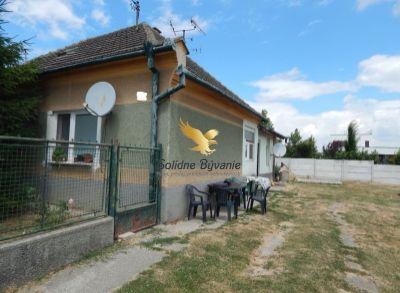 4-izbový, čiastočne zrekonštruovaný rodinný dom v obci Trstice