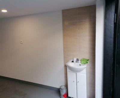 Na predaj garáž 27 m2 s elektrikou a vodou Handlová FM1111