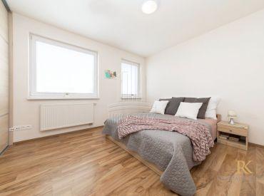 REZERVOVANÉ - 3 izbový byt v novostavbe v Rovinke na ulici Agátová s balkónom a parkovacím státím