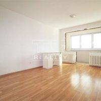 2 izbový byt, Partizánske, 80 m², Čiastočná rekonštrukcia