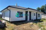 NOVOSTAVBA - dokončený na kľúč: Krásny, komfortný, moderný 4-izbový rodinný dom na predaj v obci Veľké Blahovo! Cena 187 000 €