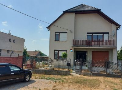 Exkluzívna ponuka, teraz za akciovú cenu!!! 6-izbový rodinný dom v obci Kráľov Brod