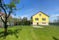 Predaj dvojgeneračného, 6 izb. rodinného domu s garážou, na peknom 790m2 pozemku v obci Šipošovské Kračany