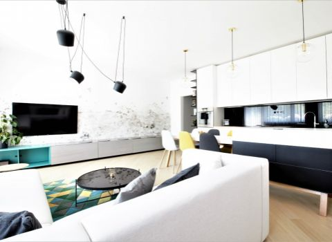 Na prenájom nadštandardný 2 izbový veľkometrážny byt na Kramároch