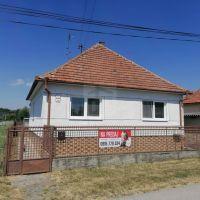 Rodinný dom, Úľany nad Žitavou, 210 m², Pôvodný stav