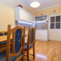 3 izbový byt, Bratislava-Staré Mesto, 61 m², Čiastočná rekonštrukcia