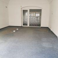 Obchodné, Liptovský Mikuláš, 50 m², Čiastočná rekonštrukcia