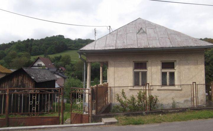 REZERVOVANÉ -Exkluzívne na predaj rodinný dom v obci Brestov pri Humennom