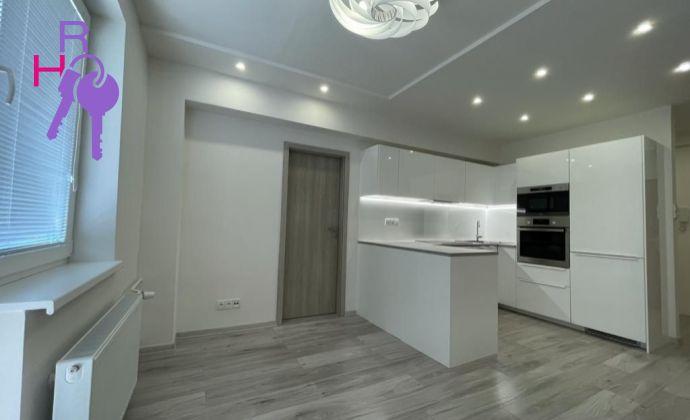 3 izbový byt po kompletnej rekonštrukcii ul. Krížna , Bratislava