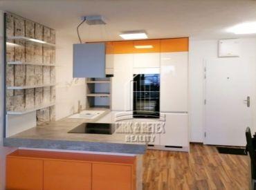 2 izbový byt na 24. poschodí s nádherným výhľadom na ulici Závodu Matador