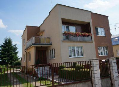 REZERVOVANÝ - Rodinný dom v obci  Dúbravka